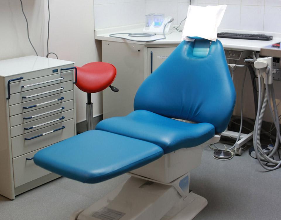 Salle de chirurgie du cabinet dentaire des Dr. Marcucci & Combès